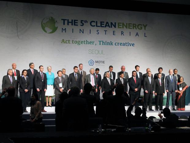 20140513-energiewende-made-in-germany-ein-exportschlager-auf-energiekonferenz-in-koreapropertybildbe